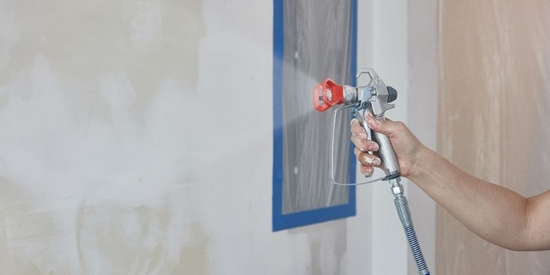 how to spray walls without hitting ceiling